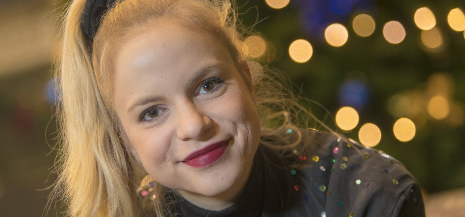 Julia Engelmann hat die Show, mit der sie auch in Innsbruck auftrat, gemeinsam mit dem Management, also ihrer Mutter, entwickelt.