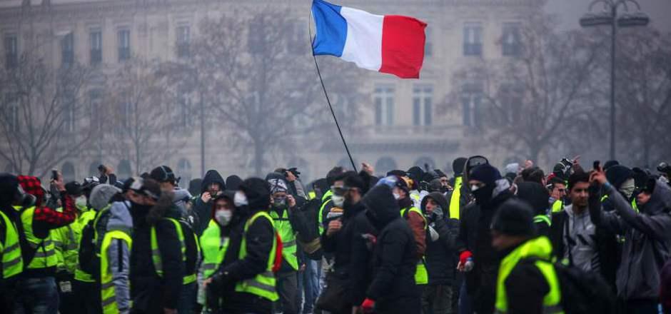 """Die """"Gelbwesten"""" kündigten erneute Demonstrationen für das Wochenende an."""