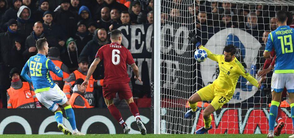 Mit einem Weltklasse-Reflex gegen Napoli-Stürmer Milik hielt Alisson den Liverpool-Sieg fest.