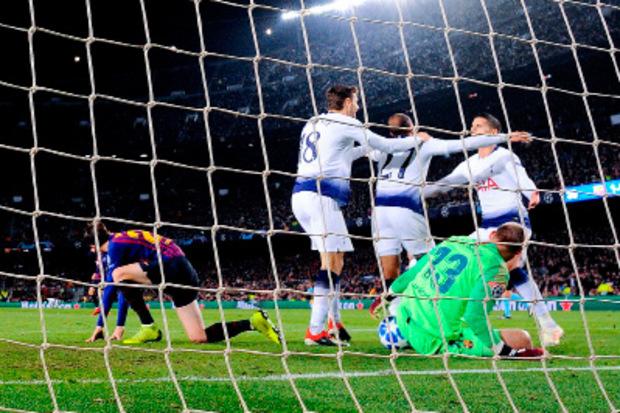 Lucas Moura ließ Tottenham spät über den Ausgleich und das Achtelfinale jubeln.