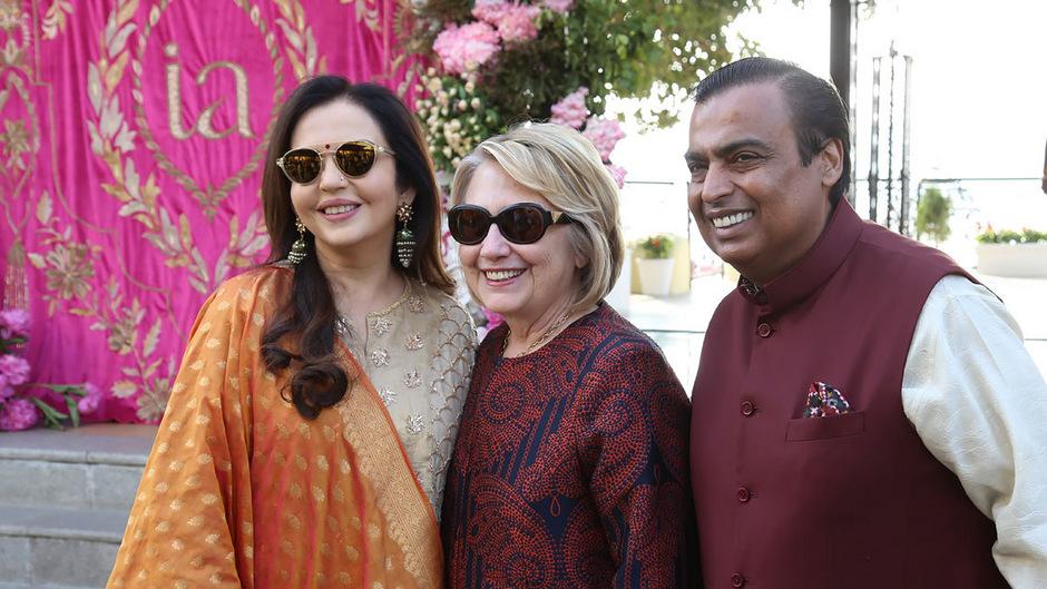Auch die frühere US-Außenministerin, First Lady und Präsidentschaftskandidatin Hillary Clinton war dabei.