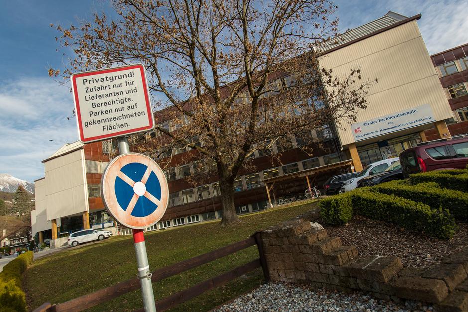 Aus dem alten Berufsschulzentrum am Lohbachufer soll ein neuer Berufsschulcampus werden. Der Standort St.Nikolaus würde aufgelassen.