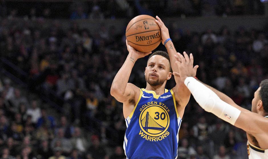Stephen Curry erreichte mit der 15.000-Punkte-Marke einen weiteren Meilenstein in seiner NBA-Karriere.