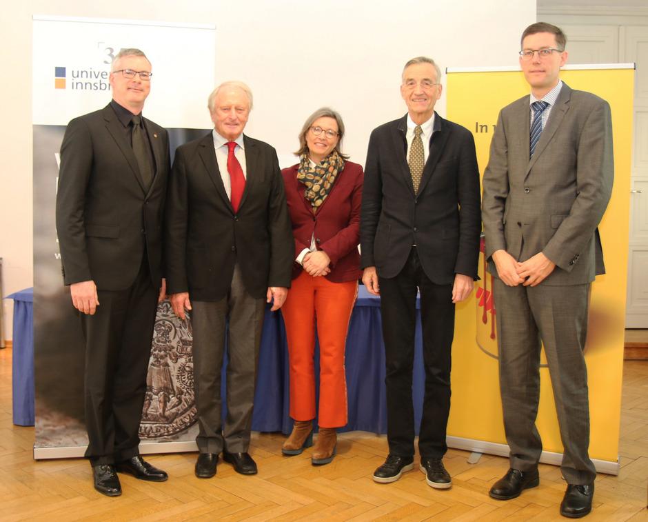 Adler Lacke Stiftet Lehrstuhl An Der Uni Innsbruck Tiroler