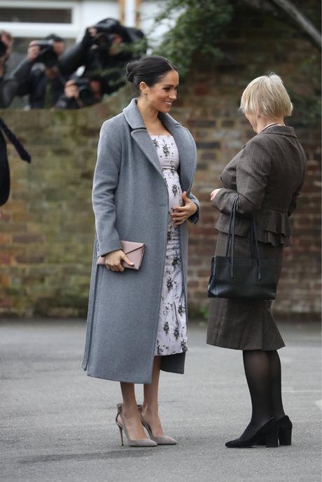 Der Babybauch zeichnet sich nun schon deutlich ab: Im Frühjahr soll der Nachwuchs von Prinz Harry und Meghan geboren werden.