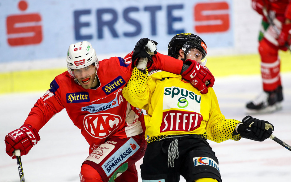 Thomas Hundertpfund (KAC) und Taylor Vause (Capitals).