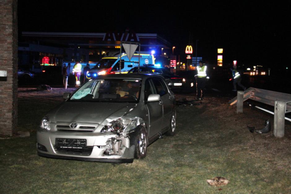 Bei dem Unfall in Schlitters wurden vier Personen verletzt ins Krankenhaus gebracht.