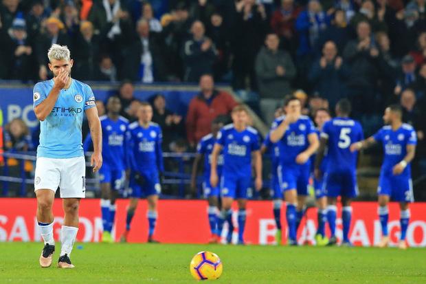 Sergio Aguero und Manchester City verließen Leicester mit hängenden Köpfen.