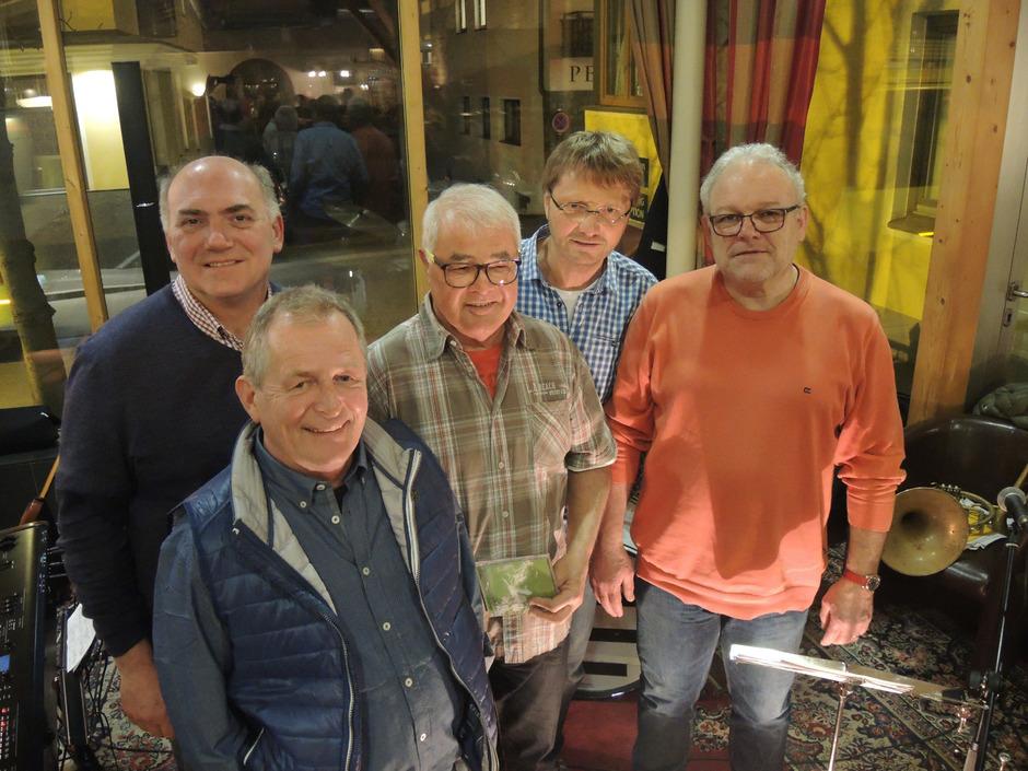 Hannes Staggl, Bruno Thaler, Helmut Schöpf, Peter Reinthaler und Harry Winkler (v.l.) sind die Nahversorger in Sachen Jazz.