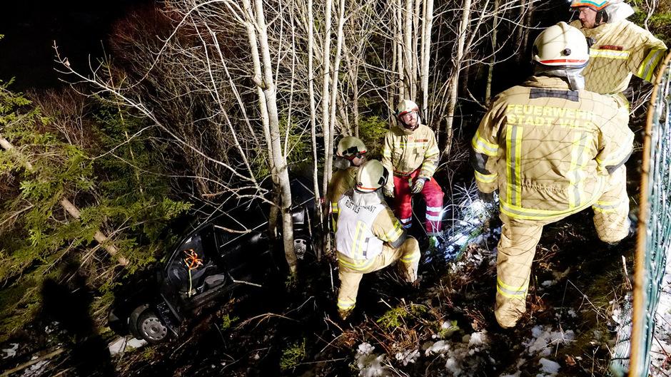 Die Feuerwehren Musau, Vils und Reutte waren an der Unfallstelle im Einsatz.