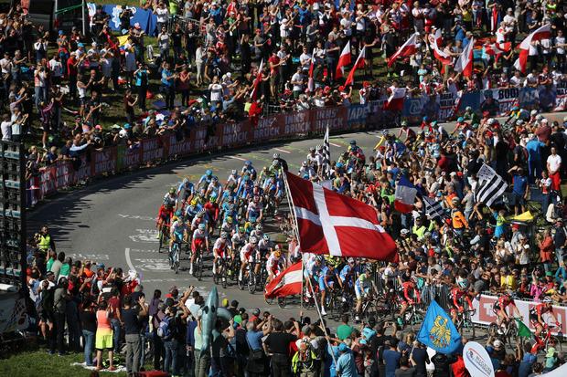 Fast 600.000 Zuschauer bei der Rad-WM, 60.000 bei der Kletter-WM – und drei Tiroler Weltmeistertitel: Im September dreht sich heuer in Innsbruck alles um den Weg bergauf.