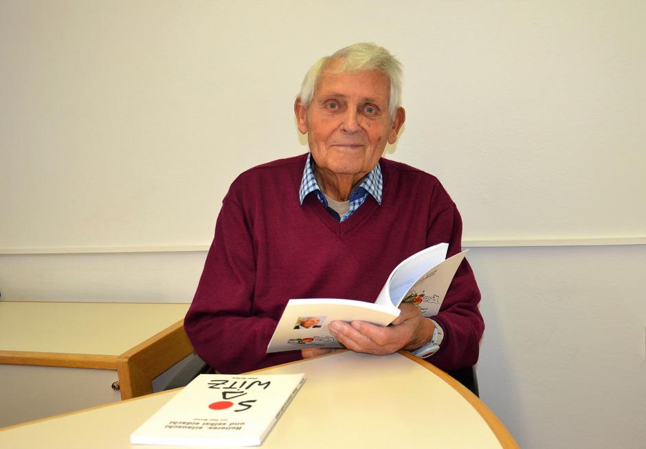"""Josef """"Pepi"""" Wurzer schrieb auch einige Bücher mit heiteren Geschichten."""