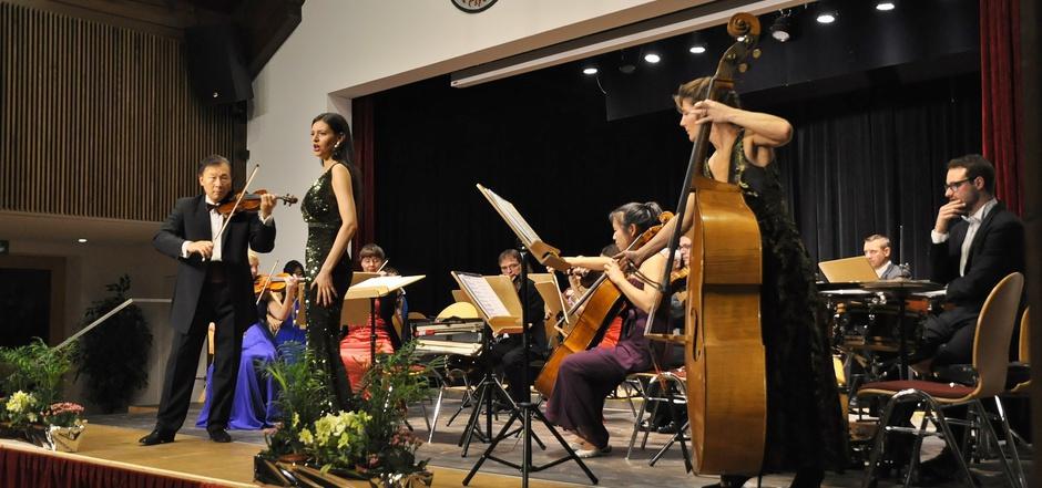 """Das Neujahrskonzert mit dem Kammerorchester """"Festival Sinfonietta Linz"""" in Mieming war wie jedes Jahr wieder ein Genuss."""