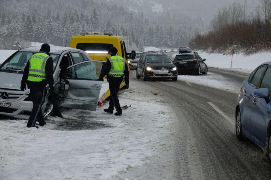 Einsatz nach einem Unfall am auf der Fernpass-Bundesstraße.