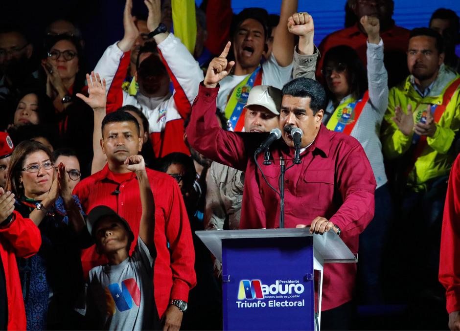 Maduro spricht von einem legitimen Wahlergebnis und will damit weitere sechs Jahre im Amt bleiben. Viele Staaten sprechen ihm die Legitimation allerdings ab.