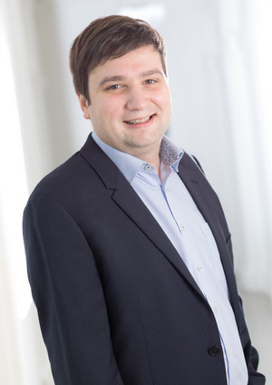 """""""Junge Menschen brauchen eine Unterstützung bei der Mediennutzung, um kritische Beobachtung zu erlernen"""", so Benedikt Lentsch (SPÖ-Landtagsabgeordneter)."""