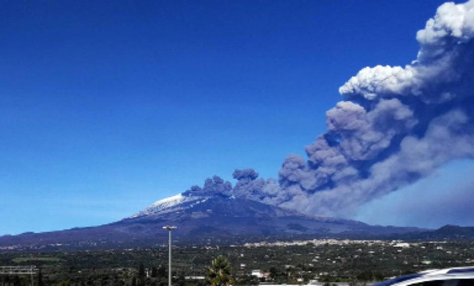Am Heiligen Abend erschütterte ein Beben der Stärke 4,8 die Region um Catania am südöstlichen Fuß des Vulkans Ätna. 28 Menschen wurden verletzt.