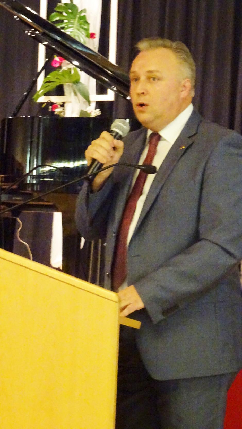 Stadtchef Stefan Weirather lud zum Empfang.