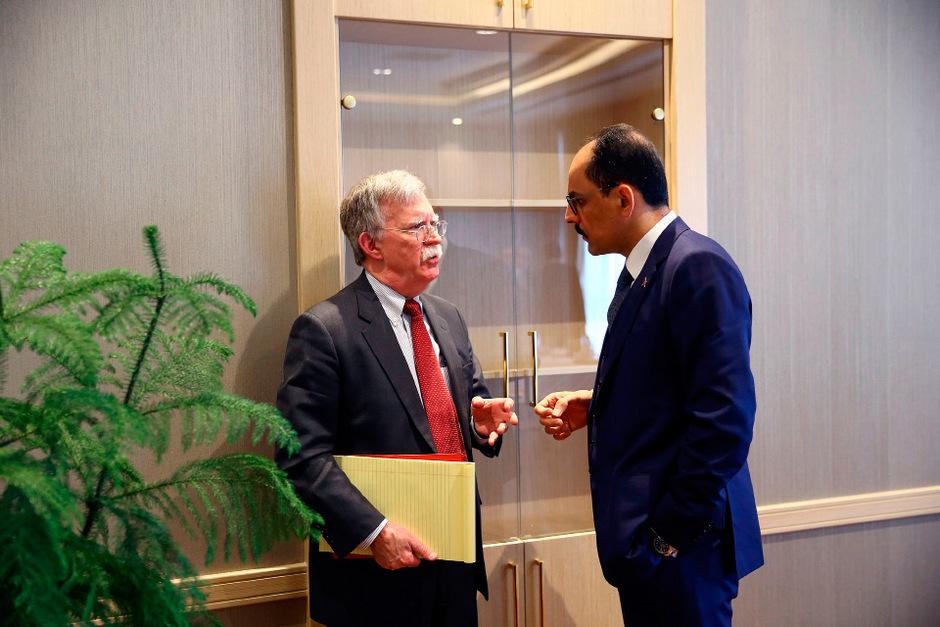 US-Sicherheitsberater John Bolton mit dem türkischen Präsidentensprecher Ibrahim Kalin.