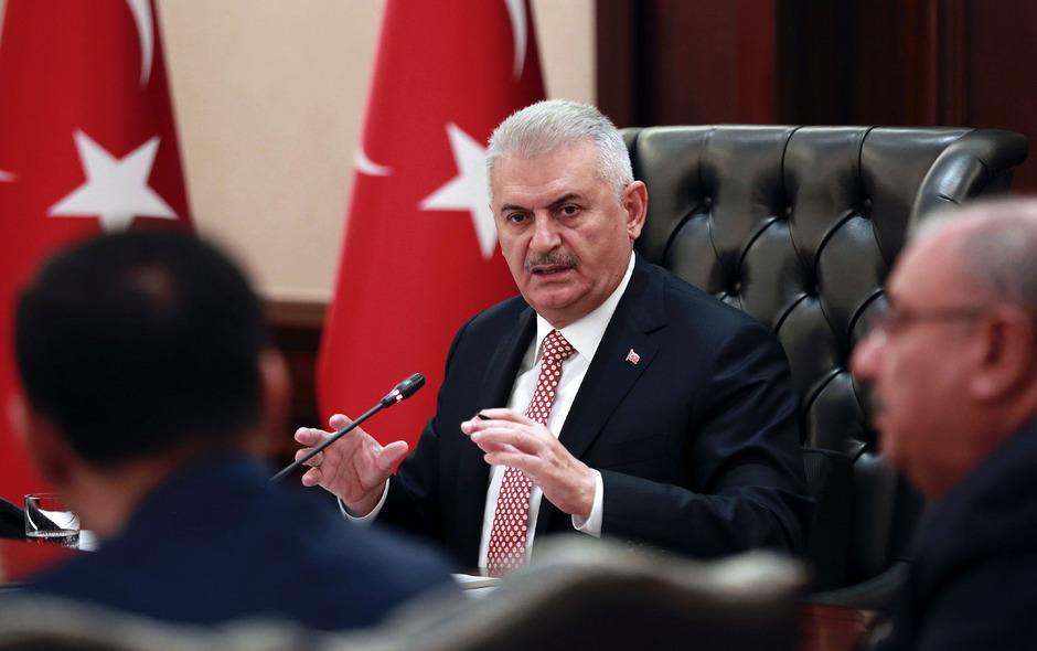 Die Journalistin soll die Arbeit von Ministerpräsident Binali Yildirim diskreditiert haben.