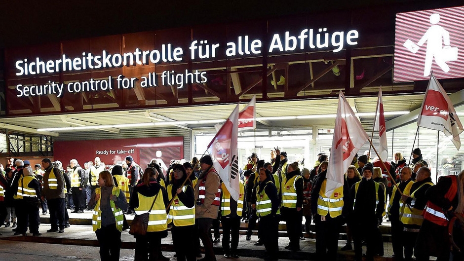 Neue Streikrunde beim Sicherheitspersonal: Diesmal trifft es gleich drei deutsche Flughäfen.