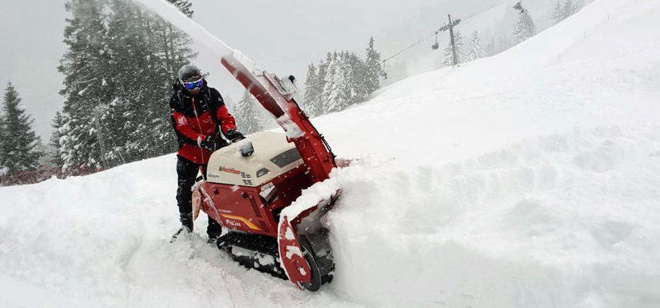 Die Veranstalter in St. Anton sagten dem Schnee den Kampf an. Leider vergeblich.