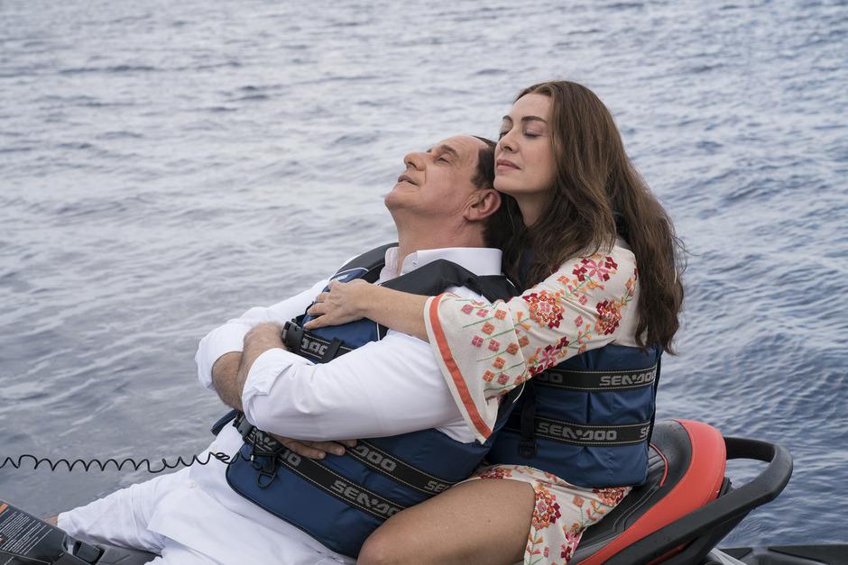 "Das Ende einer Ehe: Toni Servillo als Silvio Berlusconi mit Elena Sofia Ricci in Paolo Sorrentinos ""Loro – Die Verführten""."