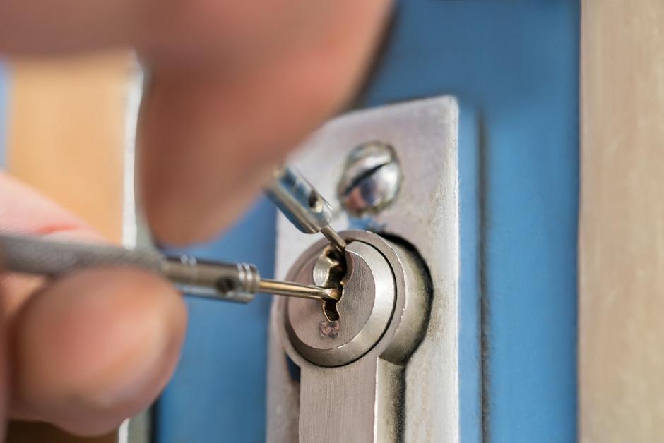 Vorsicht, Abzocke! Dubiose Internet-Schlüsseldienste nützen die Notsituation Ausgesperrter aus.