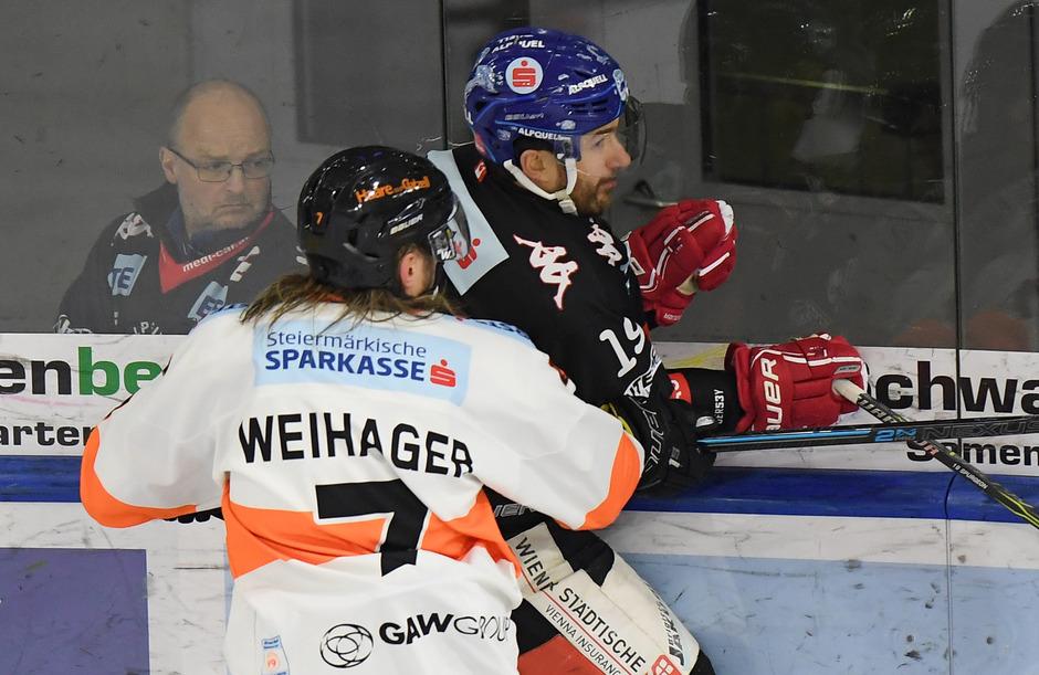 Kapitän Tyler Spurgeon (r.) und Co. kassierten nach vier Siegen in Serie wieder einmal eine Niederlage – 1:3 gegen Graz.