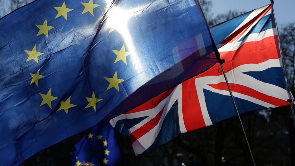 Britischer-Brexit-Minister-warnt-vor-Neuwahl