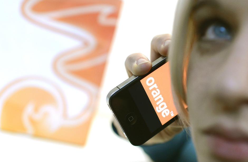 """Beim Handynetzbetreiber """"3"""" sind auch die Kunden vom Vorgängerunternehmen """"One"""" bzw. """"Orange"""", ihre Betreibervorwahl 0699 haben sie behalten."""