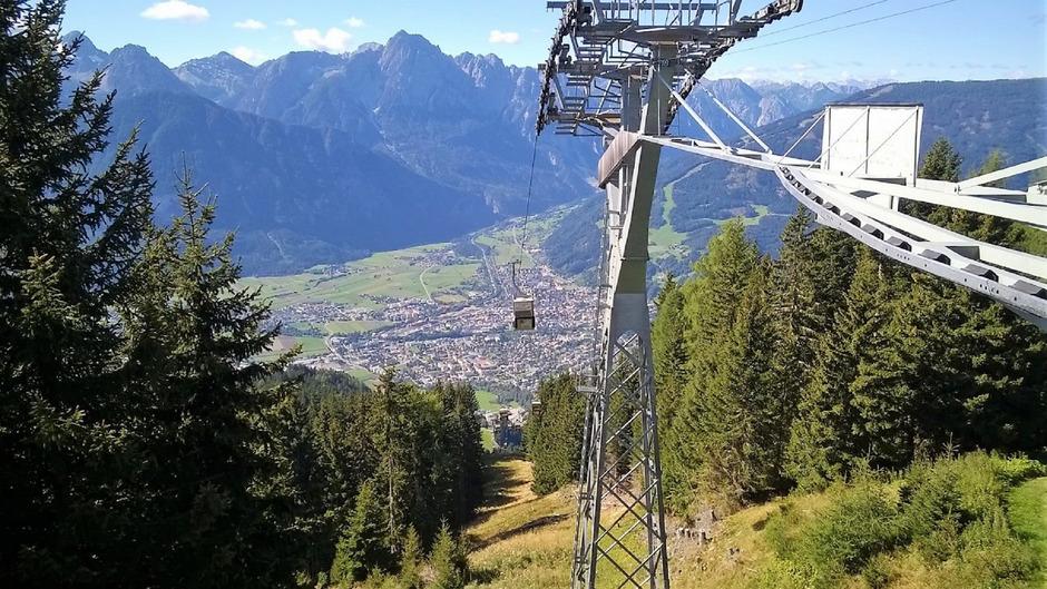 Blick vom Zettersfeld auf den Lienzer Talboden. Die 15 Gemeinden planen ein Gewerbegebiet.