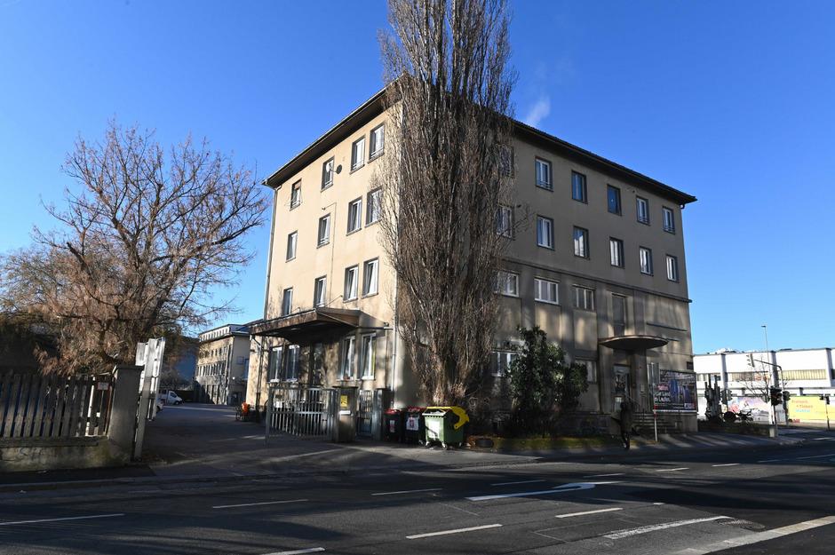 Im Asylheim in der Innsbrucker Reichenau hat der Syrer seine Ehefrau erschlagen. Das Sicherheitskonzept wird nachgeschärft.