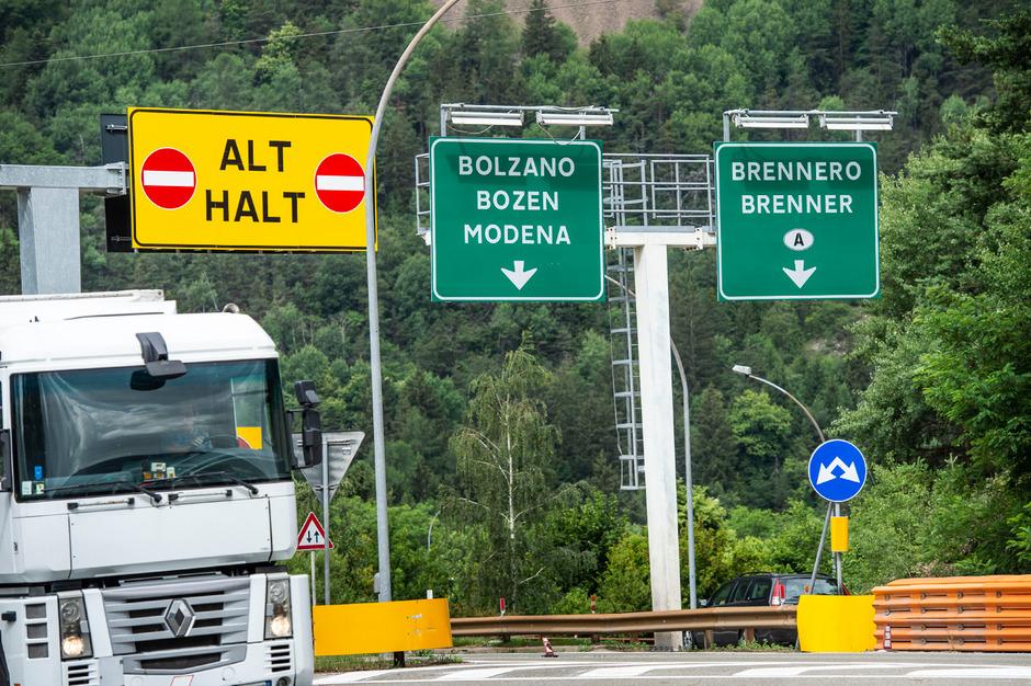 """Die Brennerachse bleibt auch weiterhin die """"Sparschiene"""" der Alpenpässe. Rom lässt keinen Spielraum für eine Korridormaut zu."""