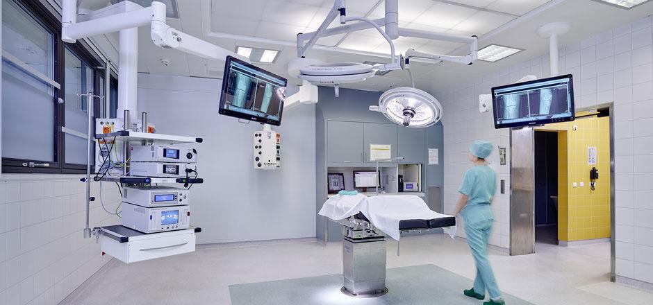 """Im Herbst 2018 errichtet und in Betrieb genommen: die modernste verfügbare OP-Saaltechnik für endoskopische Operationen (""""Schlüsselloch-Chirurgie"""")."""