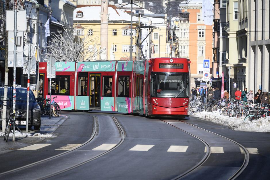 Neue Tram Rollt Noch Ohne Die Neuen Garnituren An Tiroler