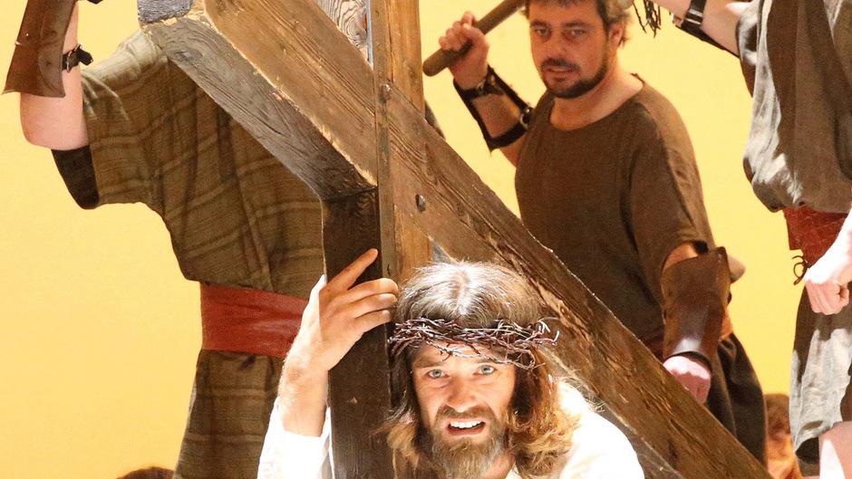 Erwin Kronthaler wird in der Premiere am 26. Mai wieder als Jesus bei den Erler Passionsspielen zu sehen sein.