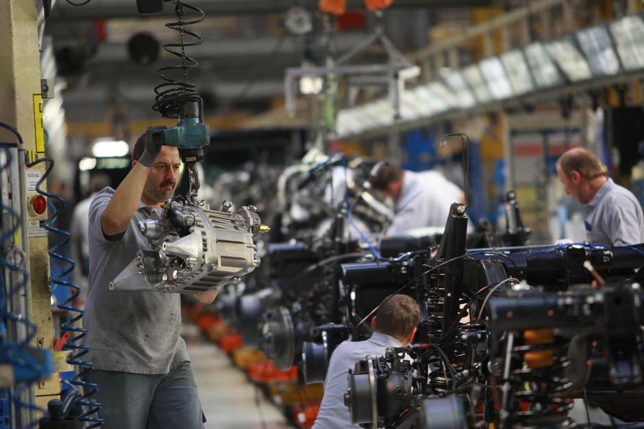 Die Autozulieferer konnten auf 24,4 Mrd. Euro zulegen.