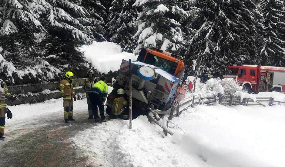 Schneechaos Tirol
