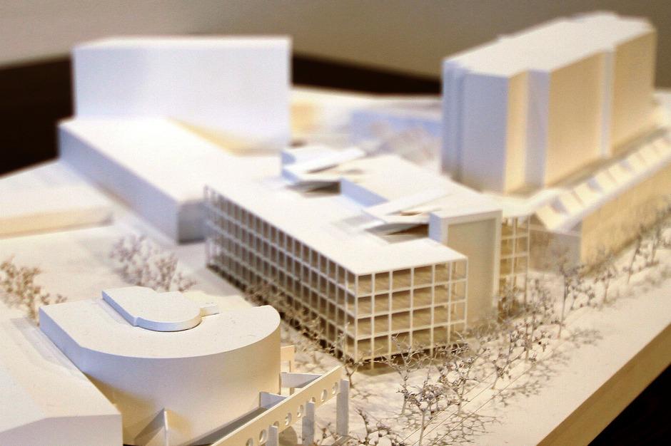 Das neue Wifi-Parkhaus mit sieben Etagen soll im Herbst 2019 fertig gestellt werden.