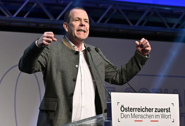 EU-Delegationsleiter Harald Vilimsky schoss sich auf den frisch gekürten ÖVP-Spitzenkandidaten Othmar Karas ein.