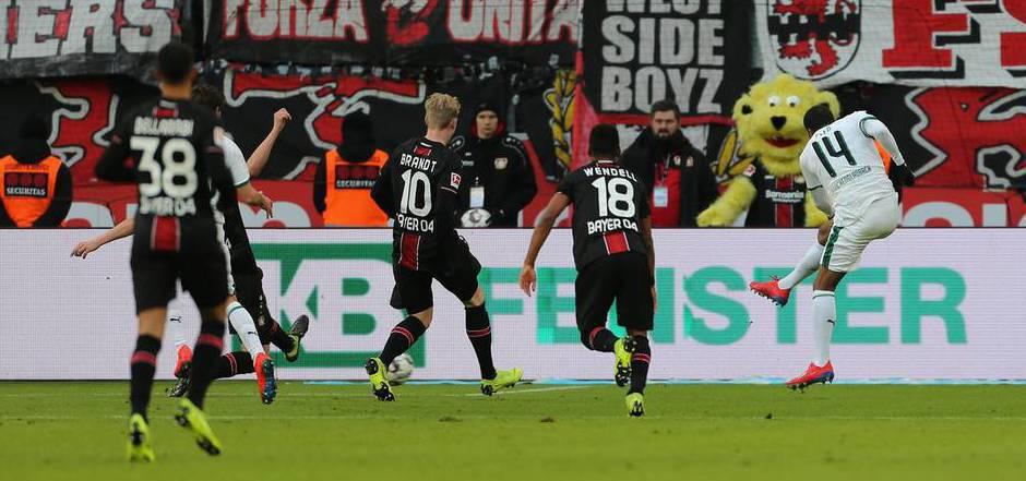 Gladbach-Stürmer Alassane Plea erzielte im Schlager gegen Leverkusen den Siegtreffer.