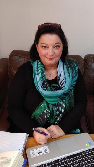 Barbara Missmann ist langjährige akademische Führungskraft, u.a. im stationären und ambulanten Bereich.