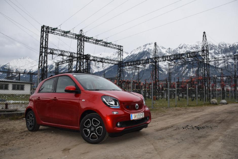 Emissionsfrei im laufenden Betrieb: der Smart EQ Forfour.