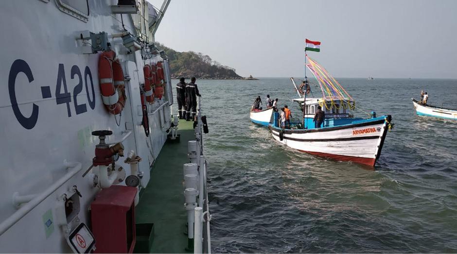 An Bord des Bootes, das nach Polizeiangaben nur Platz für 18 Menschen hatte, waren fast doppelt so viele.
