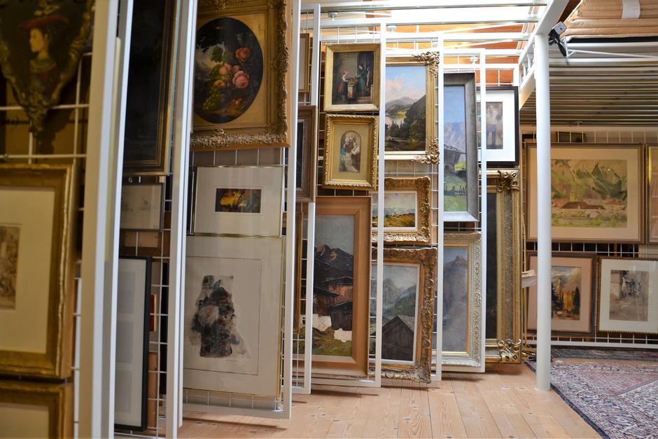 Eine winzige Auswahl der Sammlerstücke, die Erich Mair besitzt.