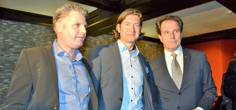 Theurl bleibt Obmann, 1. Stellvertreter wird Martin Gratz, 2. Stellvertreter Peter Wibmer (v.r.).