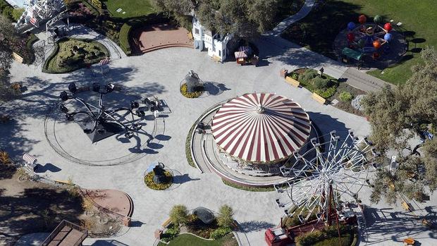 """Die einstige """"Neverland-Ranch"""" - heute steht sie zum Verkauf."""
