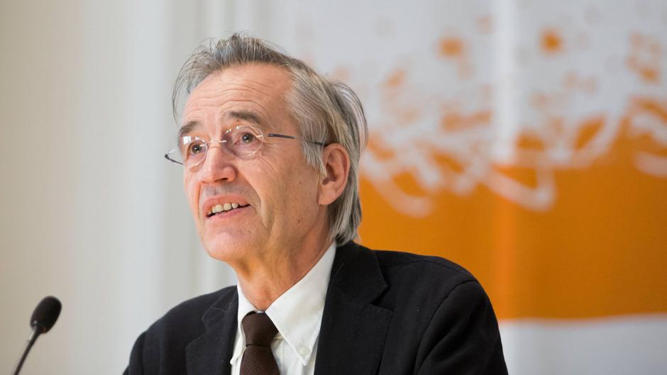 Der Universitätsrat hat Tilmann Märk für eine weitere Periode als Rektor bestätigt.
