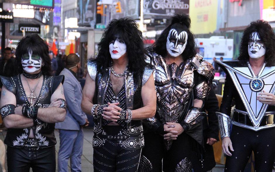 Eric Singer, Paul Stanley, Gene Simmons, und Tommy Thayer alias KISS.